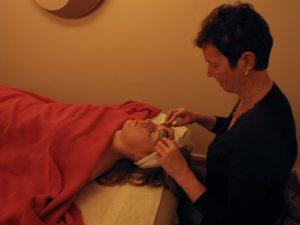 guasha-gezichtsbehandeling